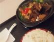 今天午餐长这样——黄焖鸡米饭